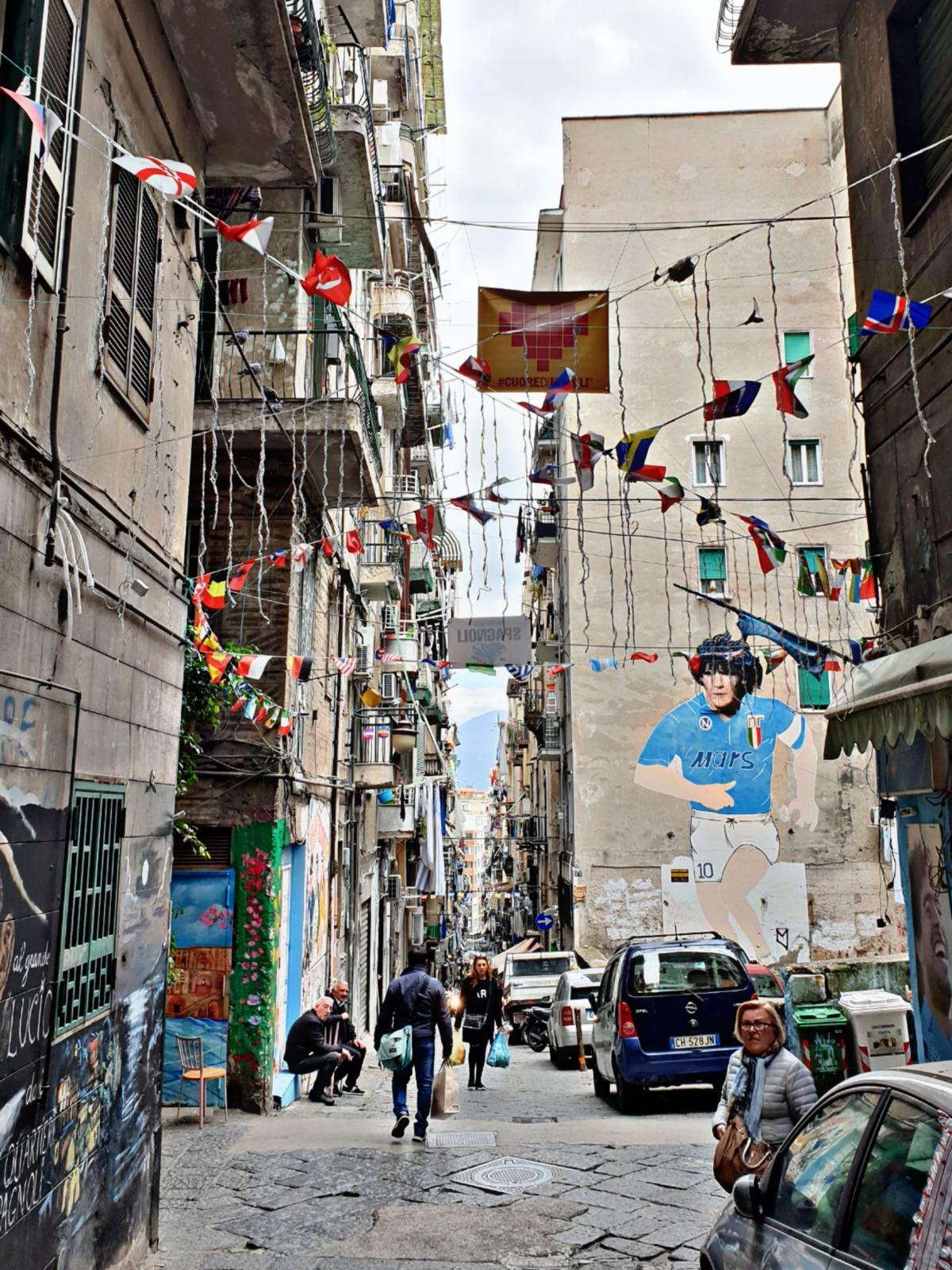 Via Emanuele De Deo - Quartieri Spagnoli