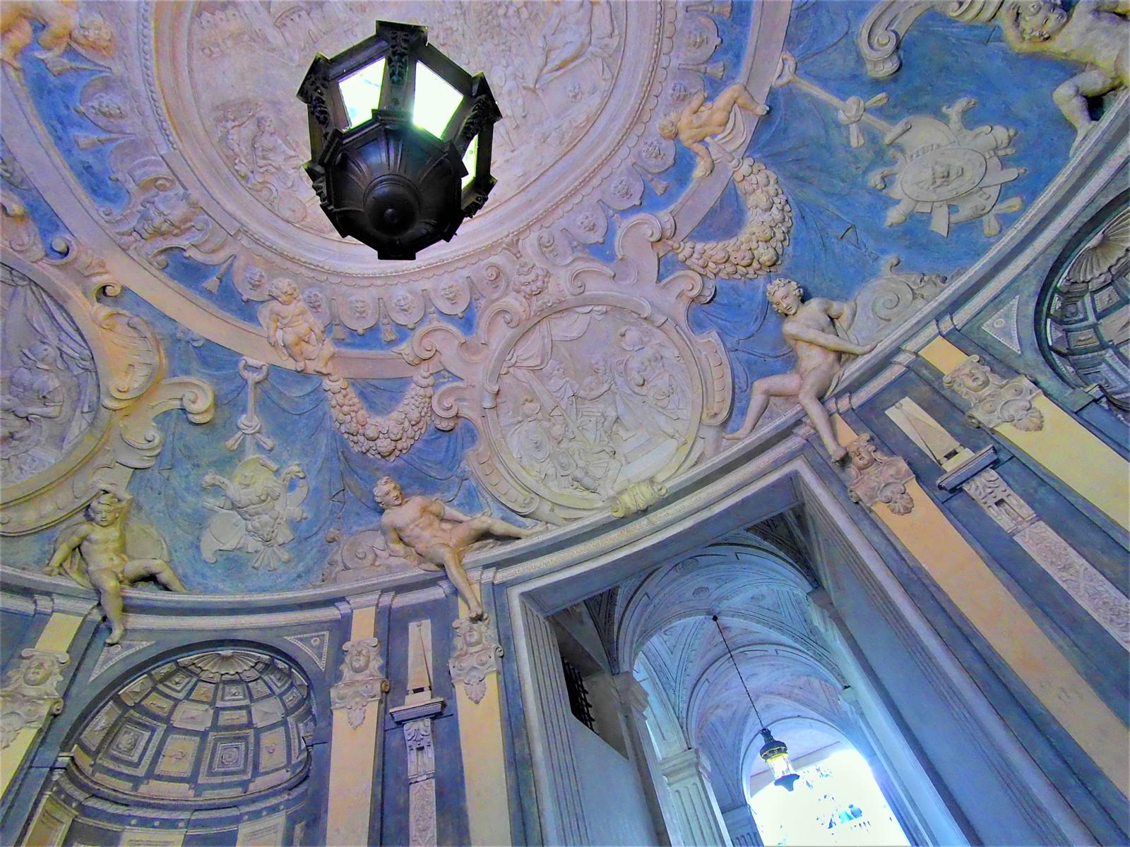 Atrio Ovale di Palazzo Lomellini