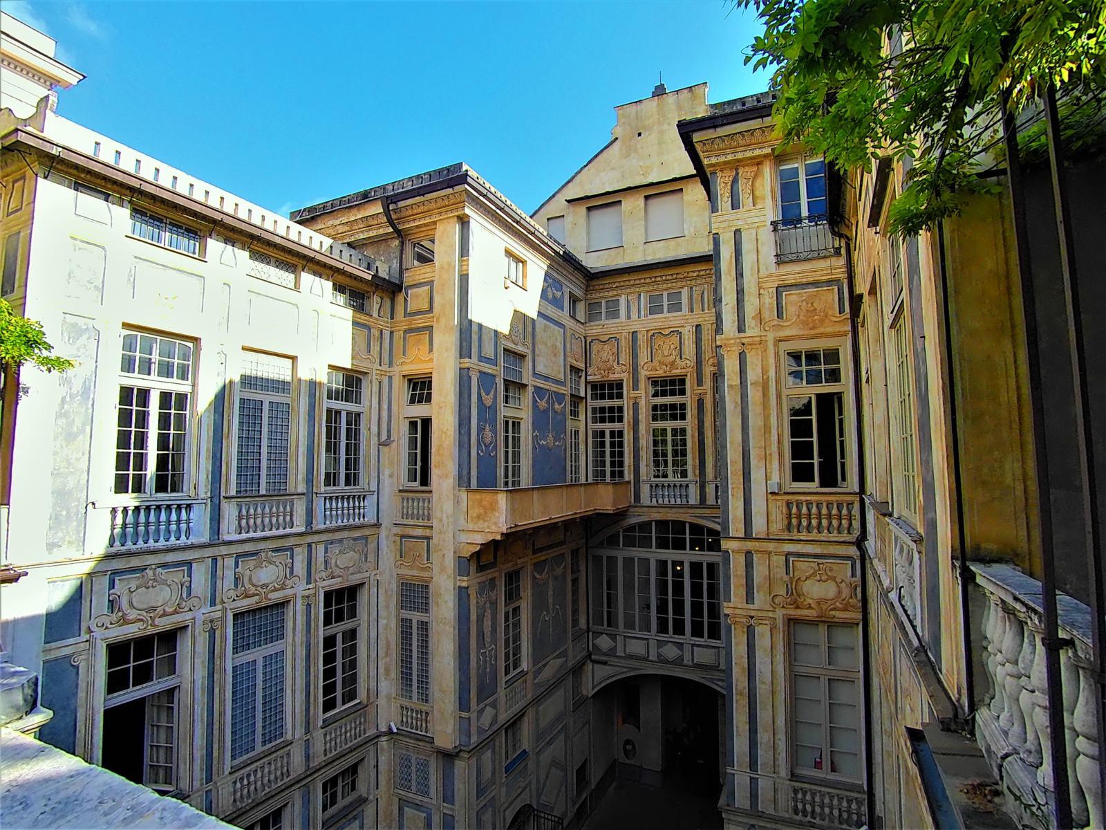 Palazzo Lomellini