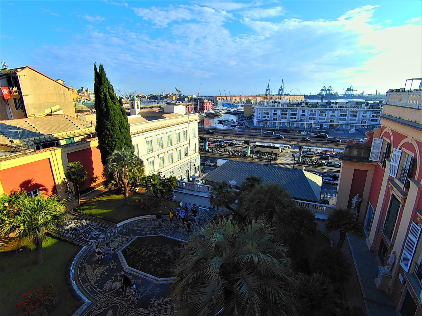 Vista dal terrazzo di Palazzo Reale