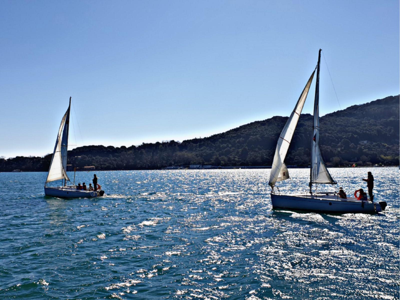 Barche a vela nel Golfo dei Poeti