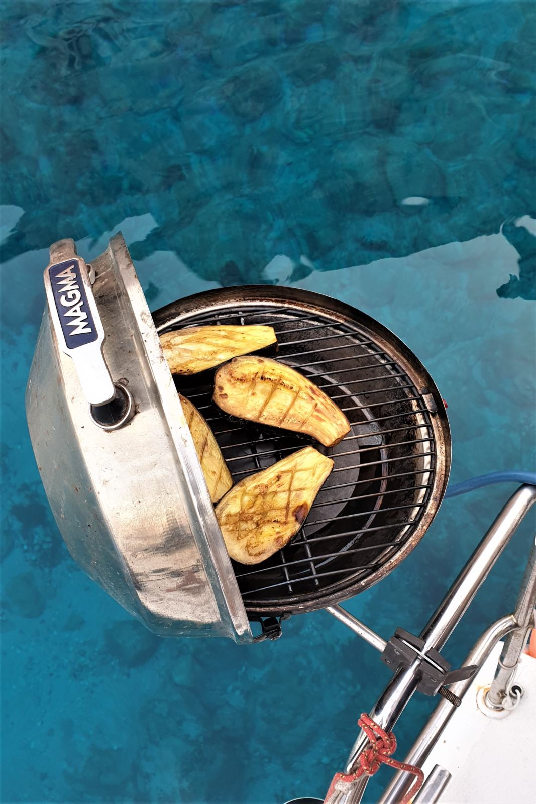 Barbecue in barca a vela