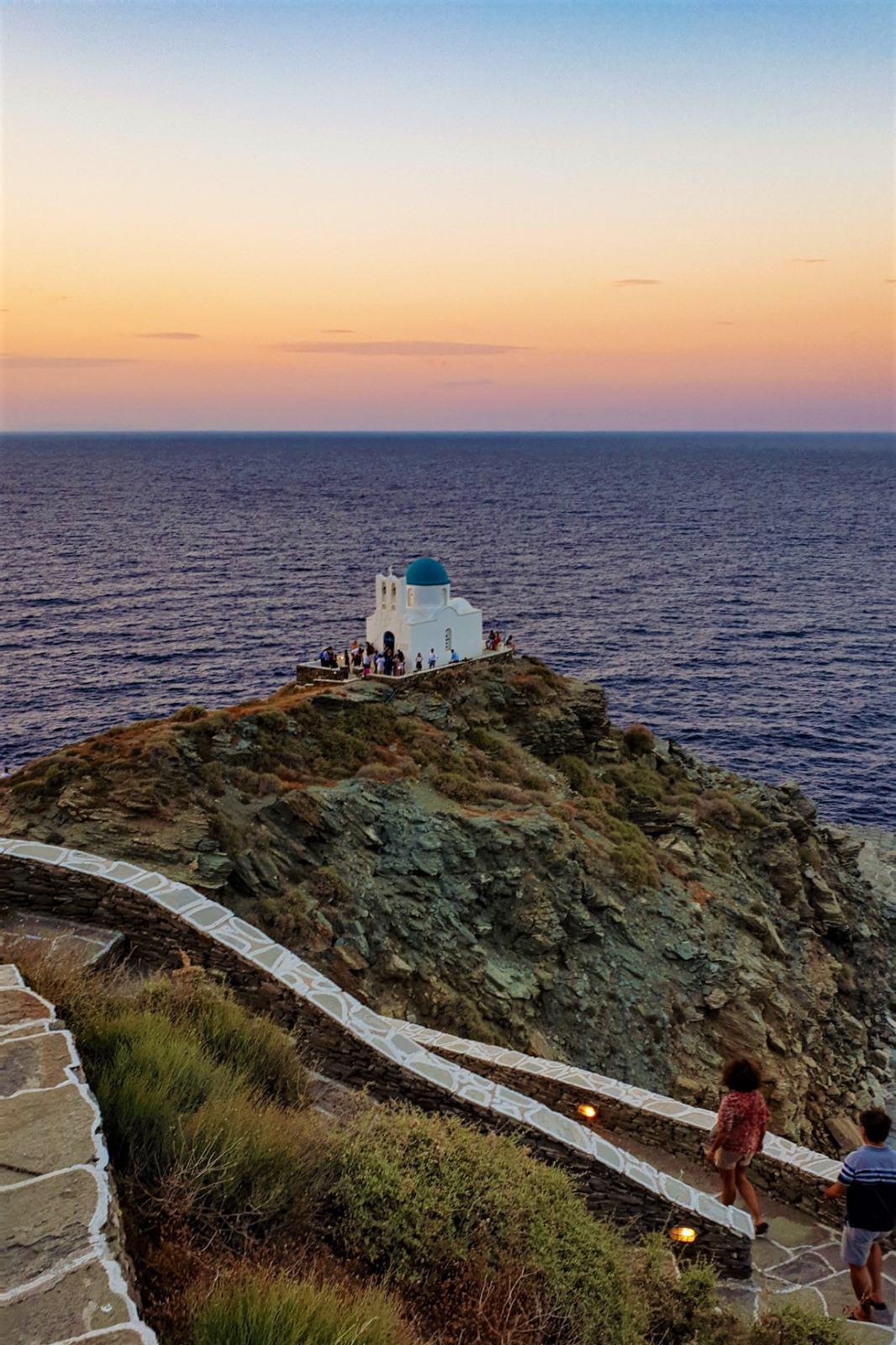 Isola di Sifnos - La Chiesa di Eftha Martyros