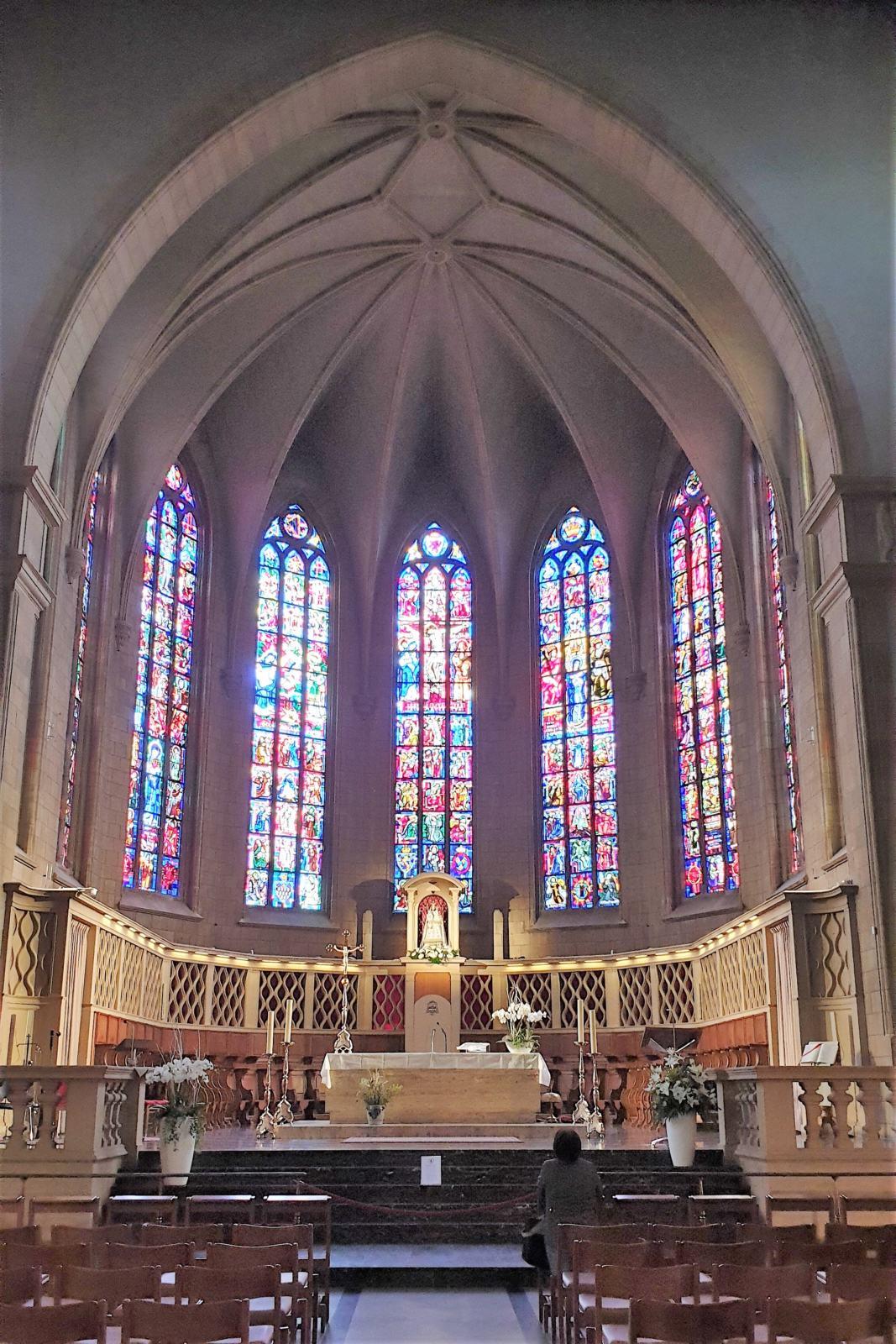 Interno Cattedrale Notre Dame