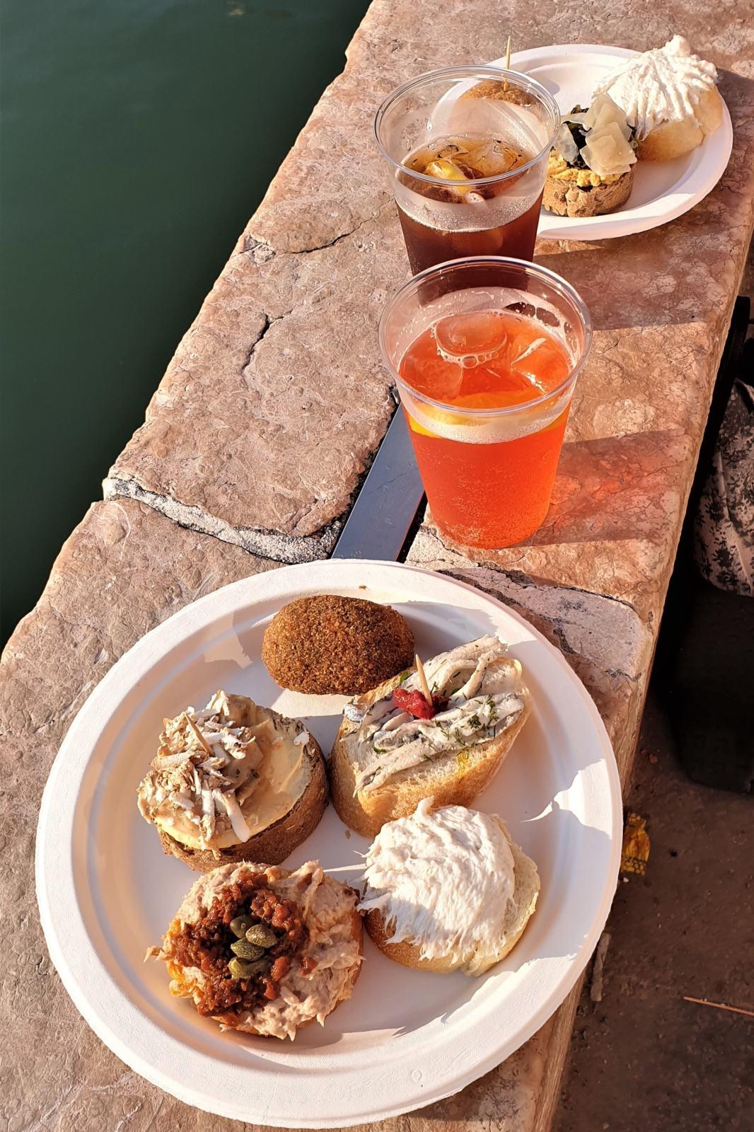 Cicchetti e Spritz - Osteria Al Squero Venezia