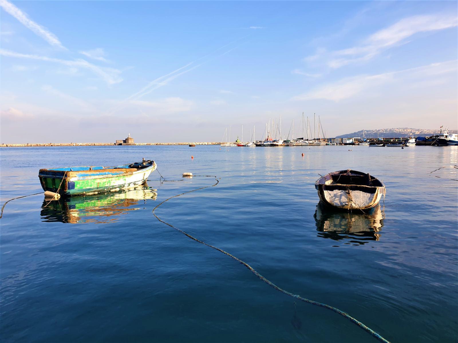 Barche dei pescatori a Procida