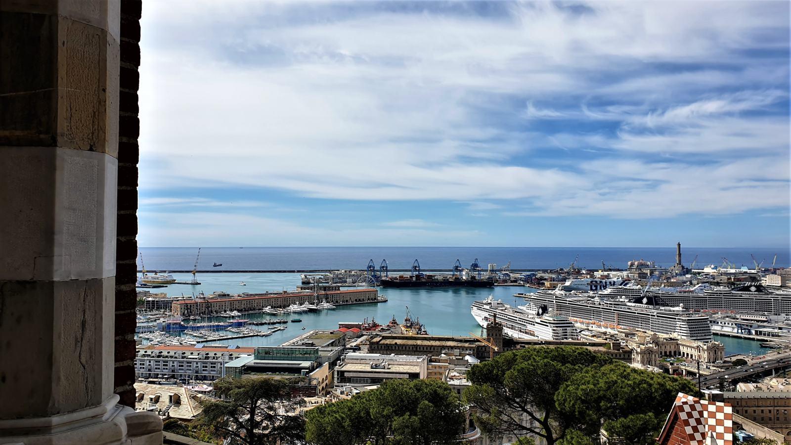 Vista sul Porto Antico dal Castello D'Albertis Genova