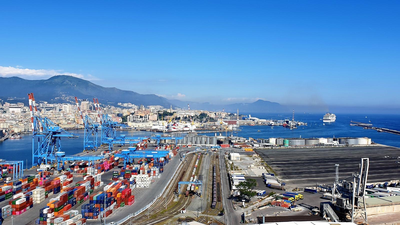 Bacino del Porto di Genova