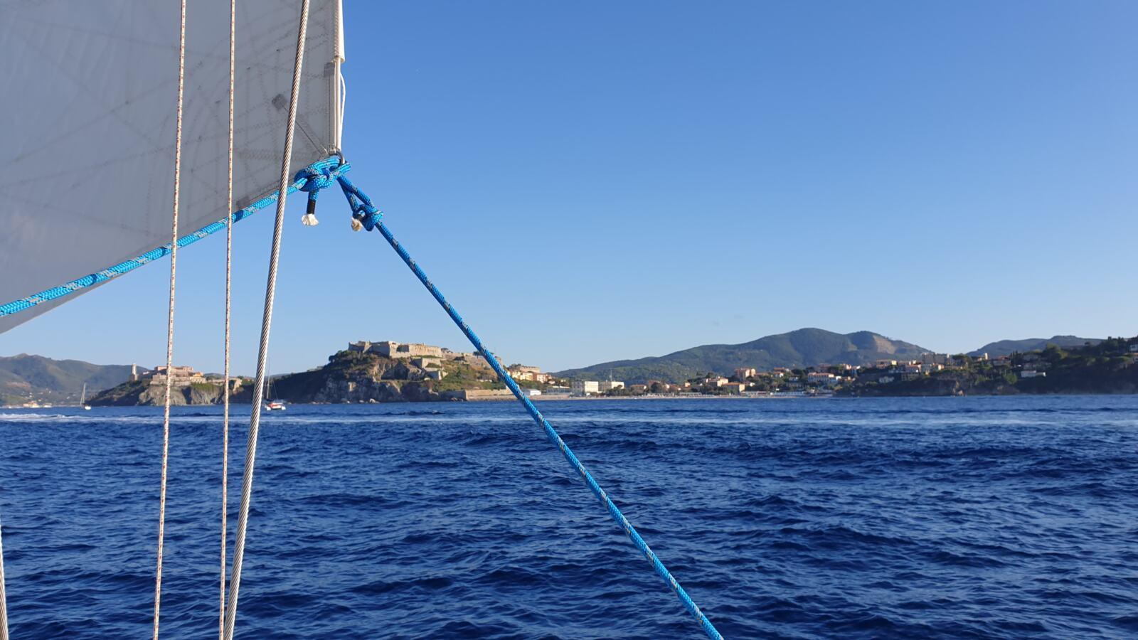Isola d'Elba in barca a vela